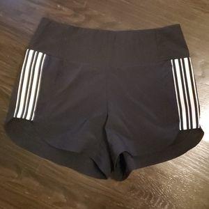 EUC Athleta Black White Striped Shorts- Size 8